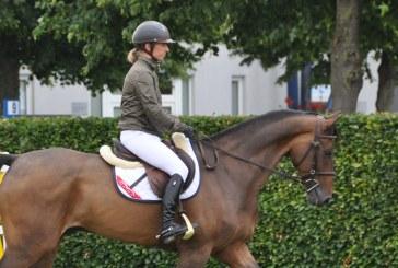 Joanne Whitaker al lavoro presso Katherina Offel Sporthorses