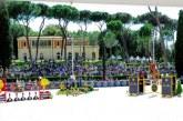 Piazza di Siena, dai cappellini agli smartphone: riparte il concorso ippico che ha seguito la storia dell'Italia