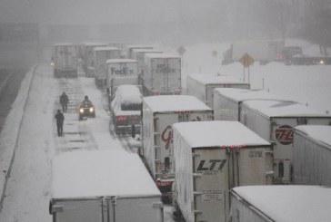 Completista olandese ostaggio della neve e del traffico
