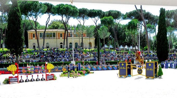 Niklaus Rutschi per la Svizzera conquista la prima categoria della giornata a Piazza di Siena