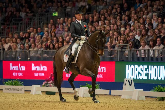 Carl Hester batte Charlotte Dujardin all'Olympia Horse Show e dopo anni ristabilisce la gerarchia